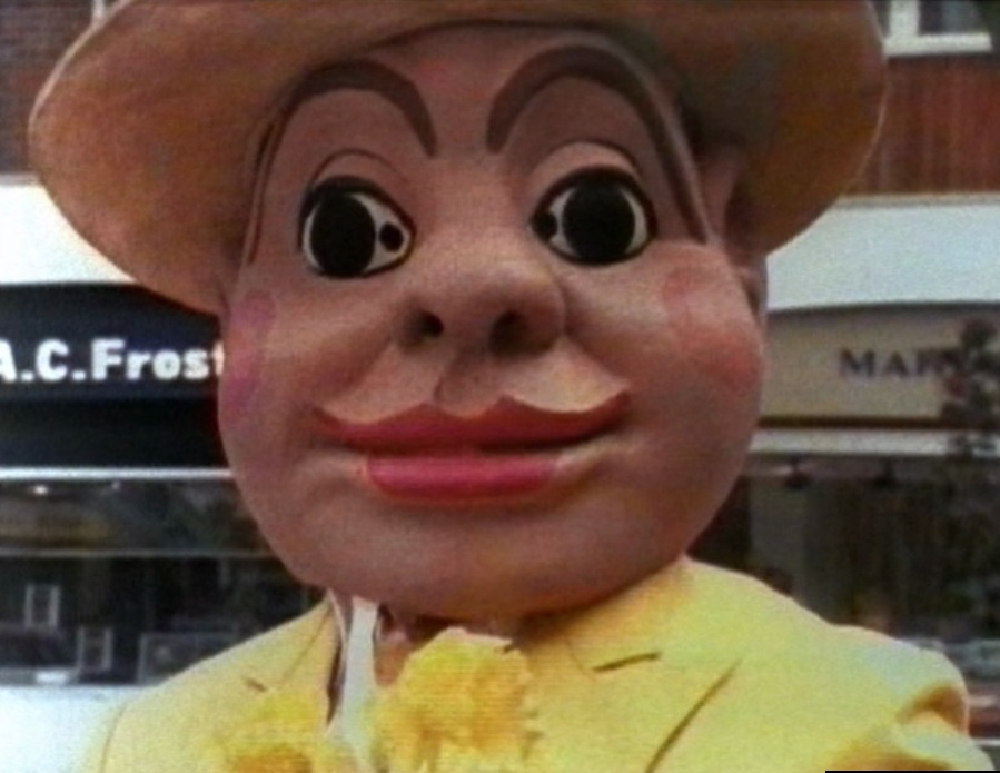 TV Time - Doctor Who S08E04 - Terror of the Autons (4 ...