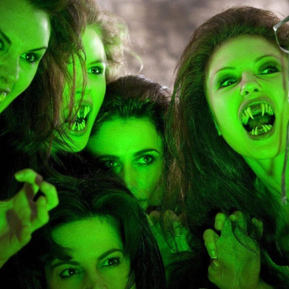 vampires-of-venice-saturnyne